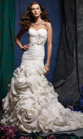 Alfred Angelo 870, $600 Size: 2 | Used Wedding Dresses