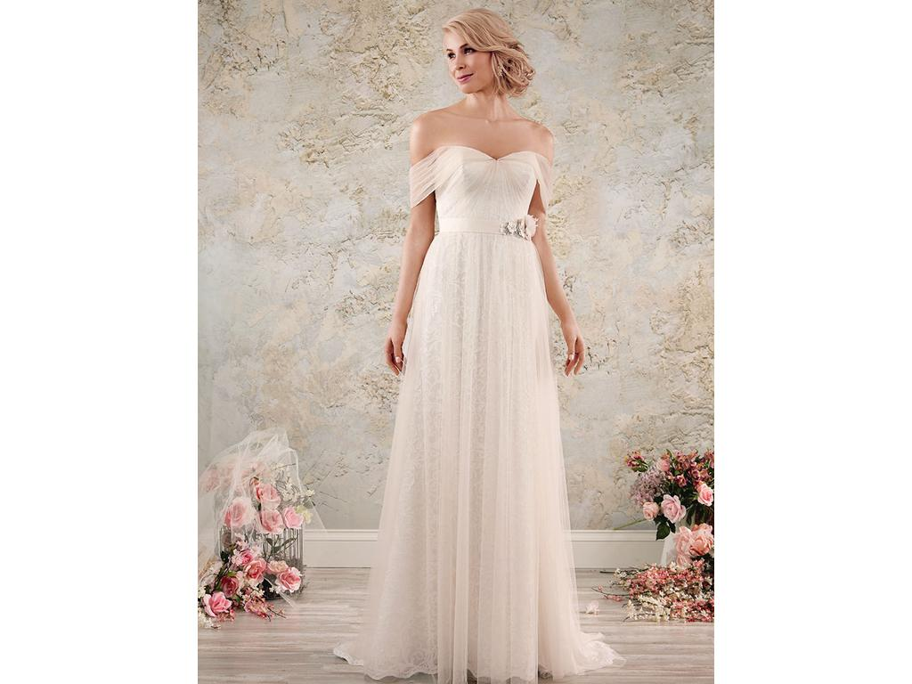 Alfred Angelo 8562, $499 Size: 4 | New (Un-Altered) Wedding Dresses