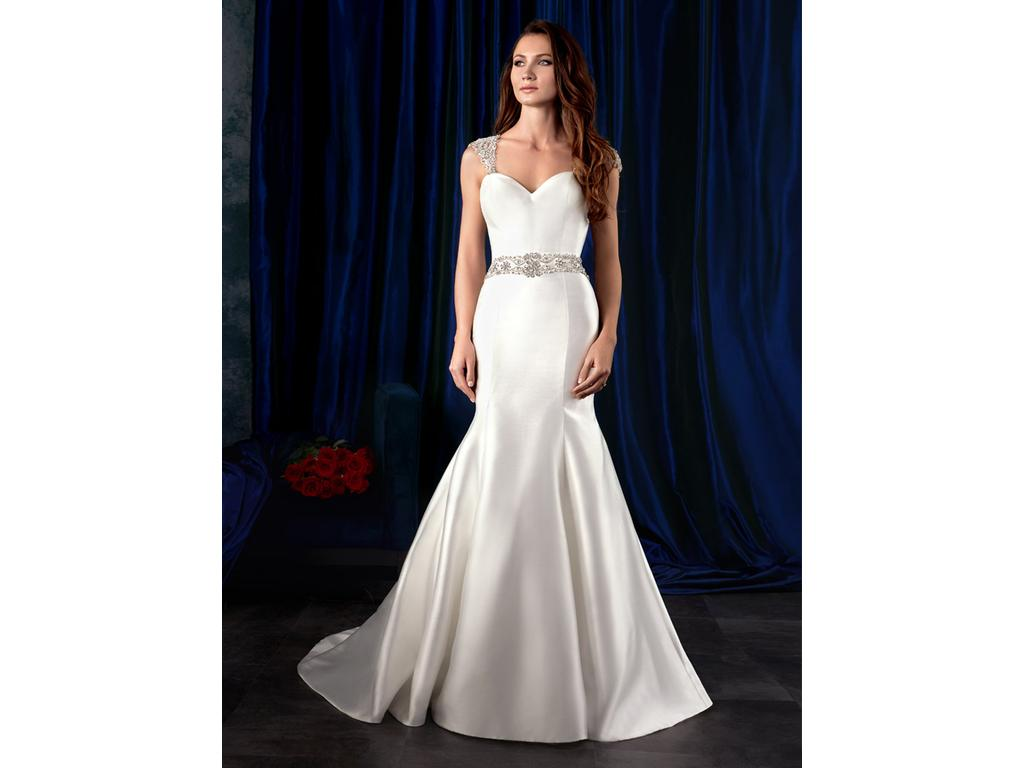 Alfred Angelo 976, $899 Size: 4