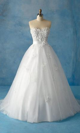 Disney princess wedding dresses preowned wedding dresses for Disney style wedding dresses