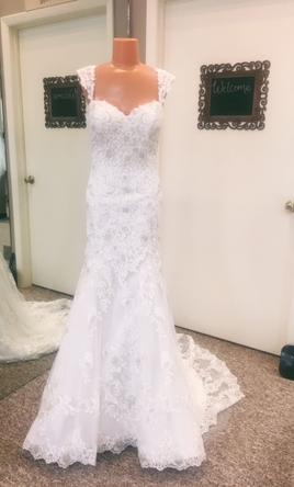 02a90ce4c372 Alfred Angelo 986, $899 Size: 6 | Sample Wedding Dresses