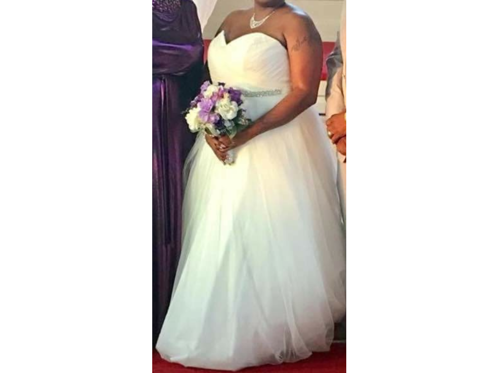 David 39 s bridal 250 size 20w used wedding dresses for Previously worn wedding dresses for sale