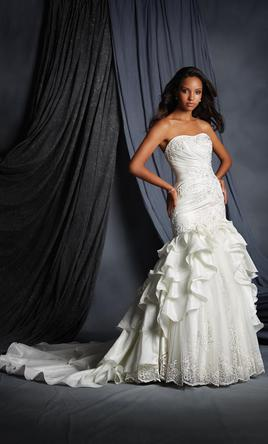 Alfred Angelo 2493 10