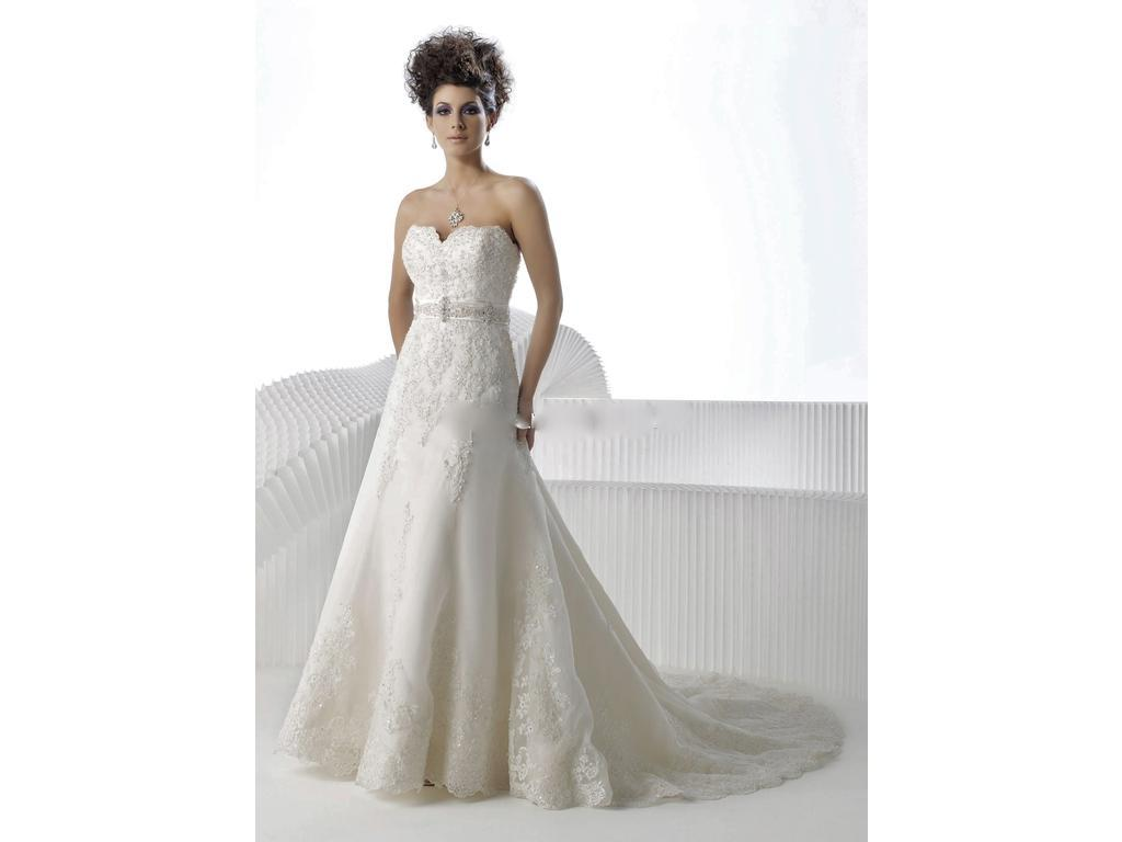 Private Label By G 1393, $200 Size: 12