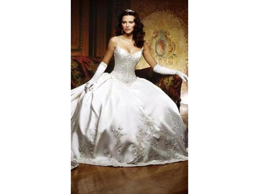 Eve of Milady $3,000 Size: 6   New (Un-Altered) Wedding Dresses