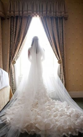 Other Custom made - Spain , $450 Size: 0 | Used Wedding Dresses
