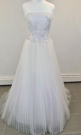 Givenchy wedding dresses for sale preowned wedding dresses givenchy 303 6 junglespirit Choice Image