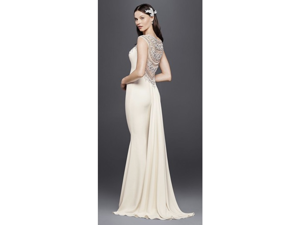 Galina Signature , $688 Size: 4 | Used Wedding Dresses