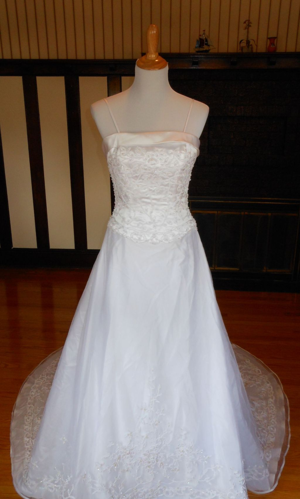 David 39 s bridal 99 size 6 new un altered wedding dresses for Previously worn wedding dresses for sale