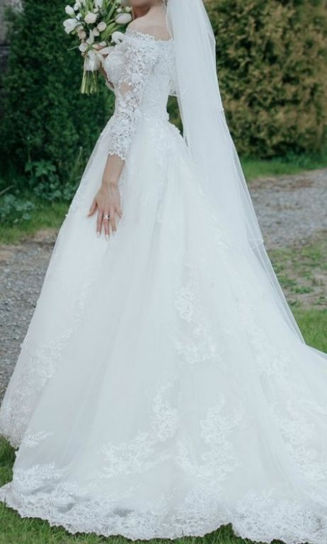 & For Love Princess , $1,200 Size: 4 | Used Wedding Dresses