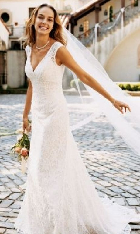 David\'s Bridal Petite All Over Beaded Lace Trumpet Gown, $300 Size ...