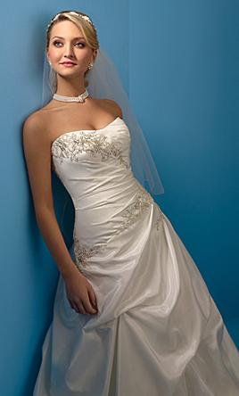 Alfred Angelo 2104 8