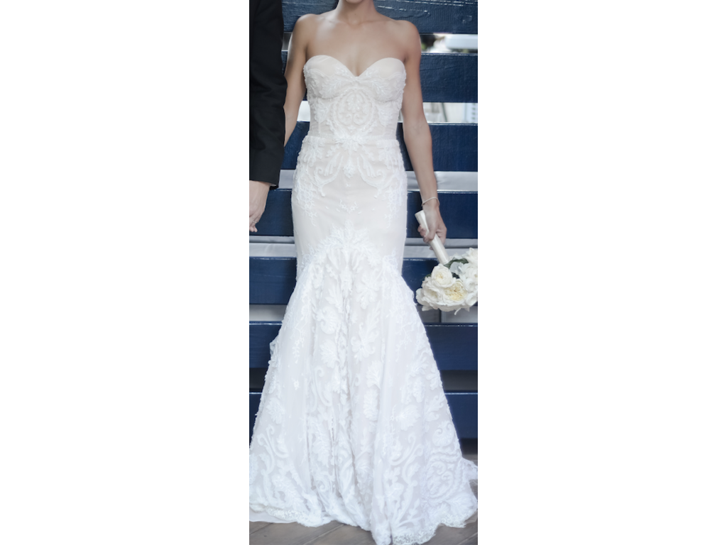 Inbal dror 500 size 0 used wedding dresses for Used wedding dress size 0