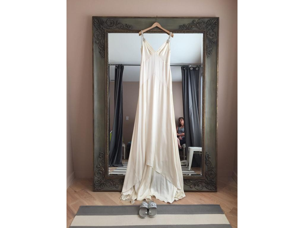 Temperley london 3 000 size 10 new altered wedding for Temperley london wedding dress sale