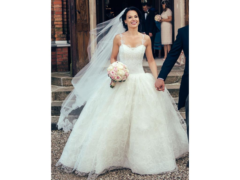 Alessandra Rinaudo Bella, $5,500 Size: 4 | Used Wedding Dresses