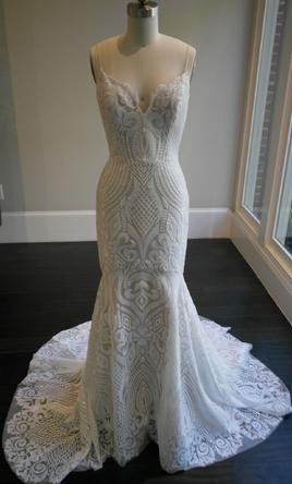 Hayley Paige West 2200 Size 10 Sample Wedding Dresses
