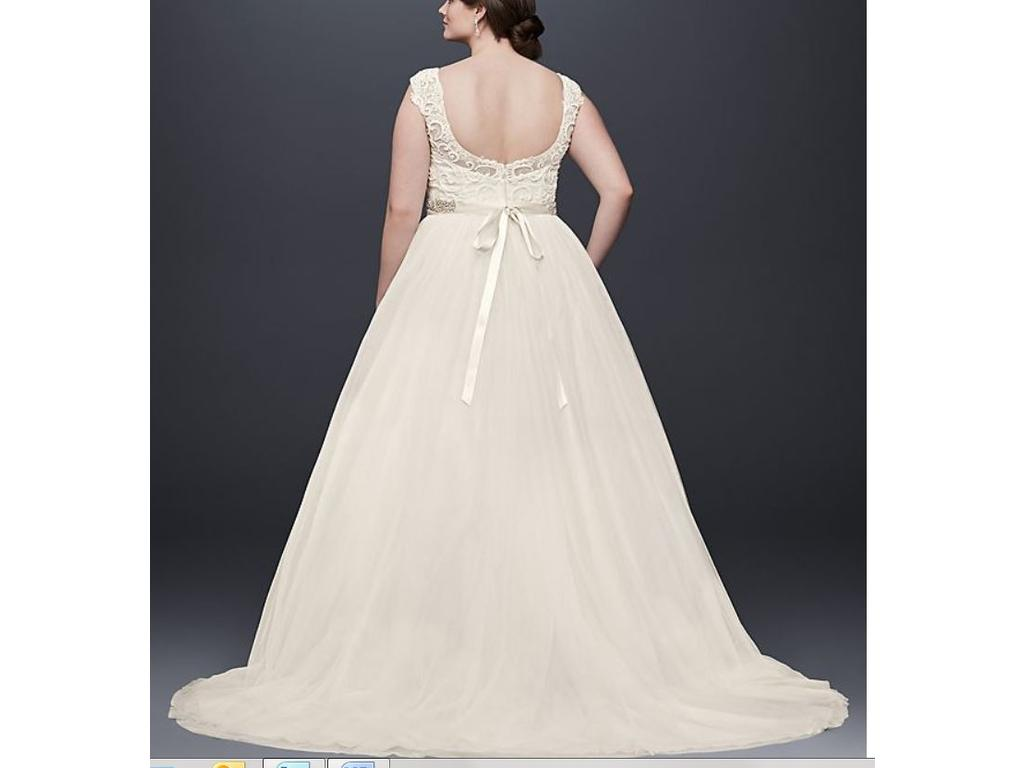 David 39 s bridal tulle wedding dress with lace cap sleeve for Wedding dresses for 500 or less