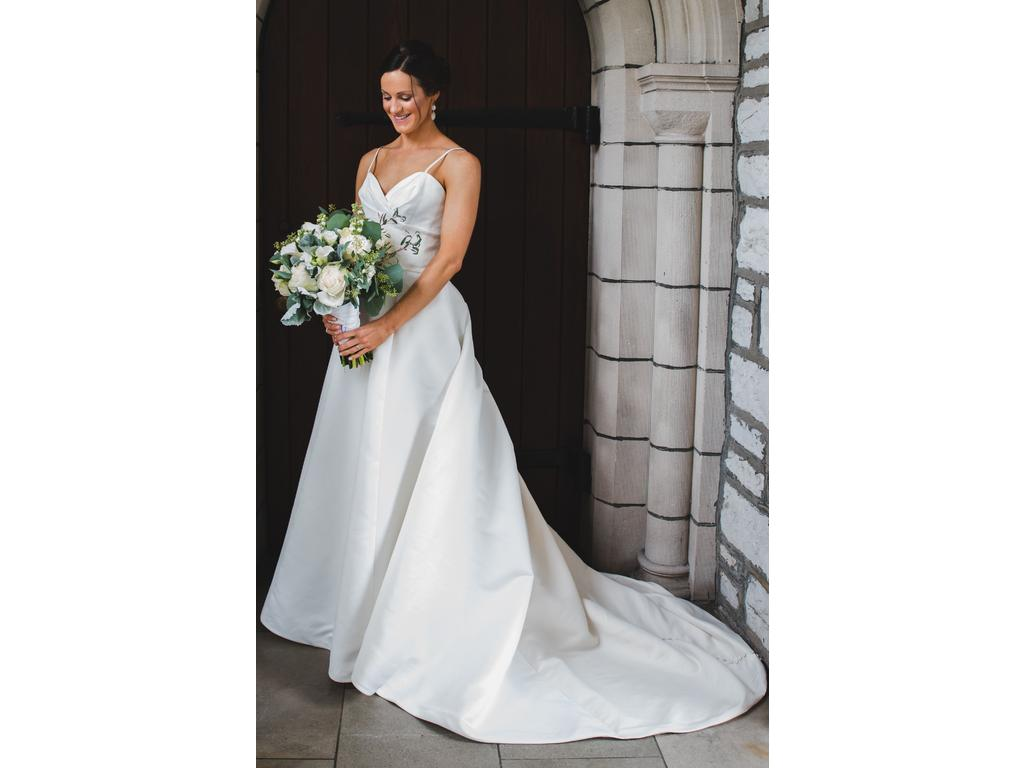 Other 450 size 2 used wedding dresses for Used wedding dresses kansas city