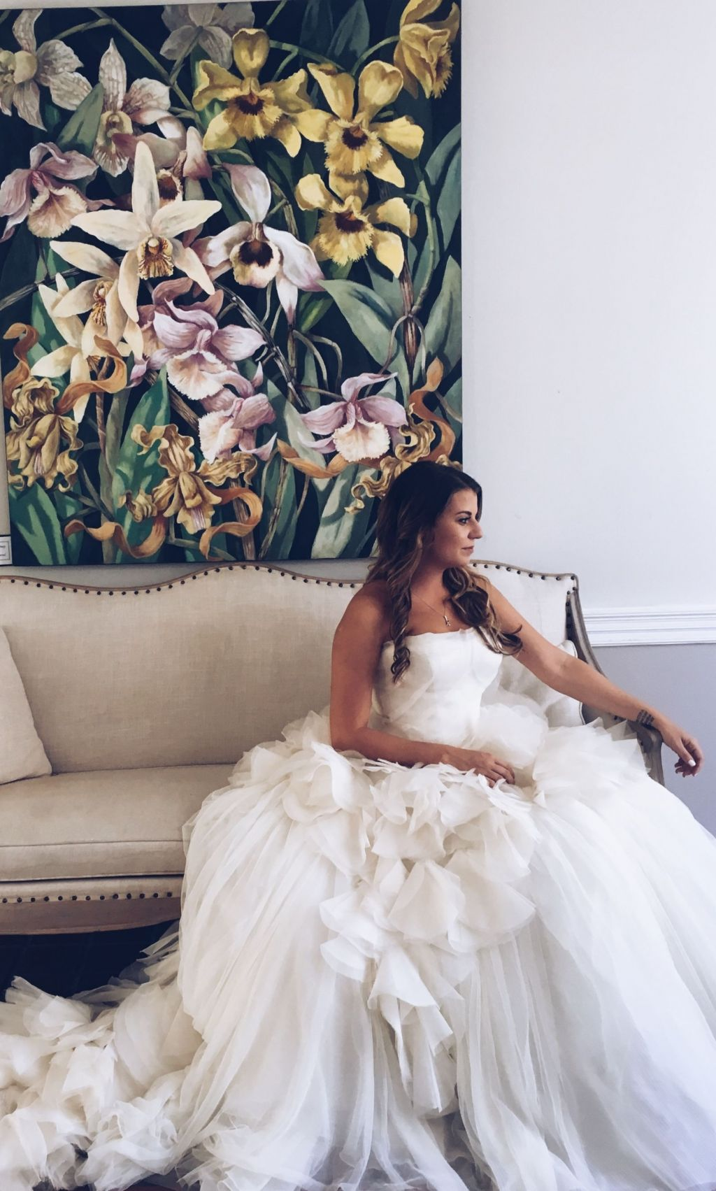 Vera wang wedding dresses for sale preowned wedding dresses vera wang hayley 8 ombrellifo Image collections