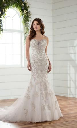 Fit and Flare Wedding Dresses | PreOwned Wedding Dresses