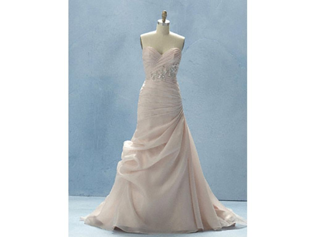 Alfred Angelo 218c, $499 Size: 12 | Sample Wedding Dresses
