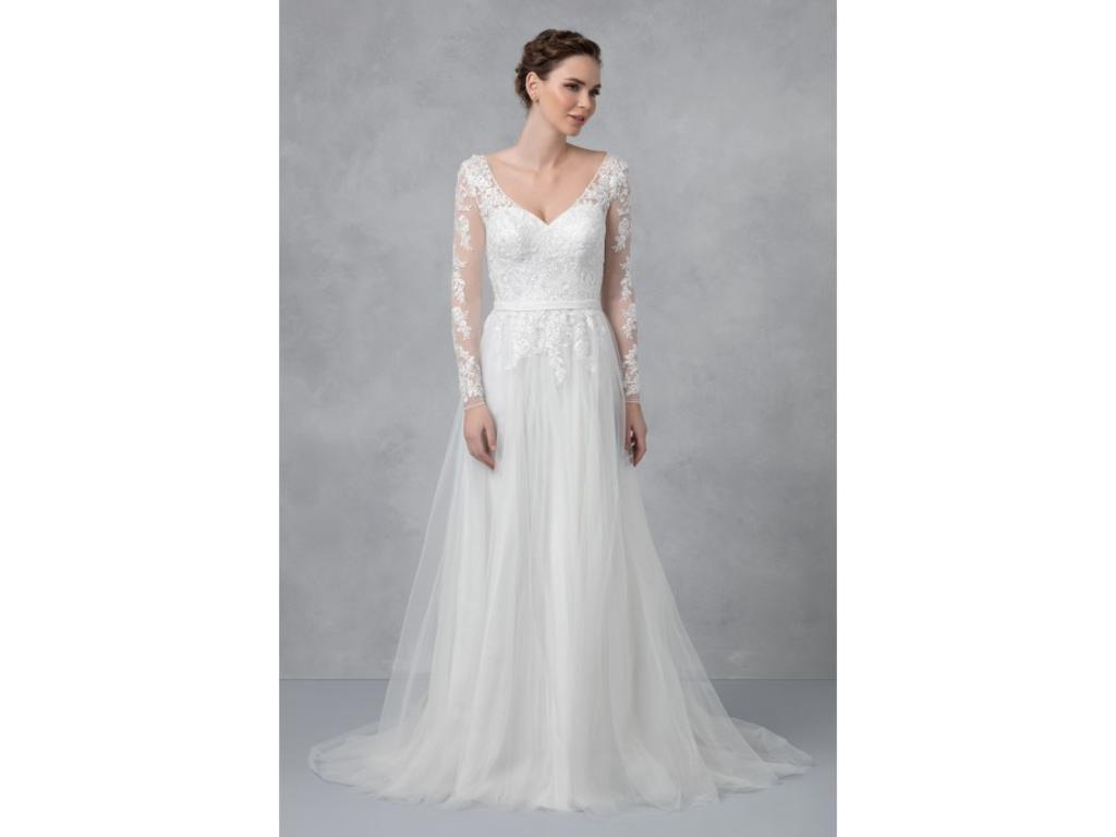 David\'s Bridal WG3831, $300 Size: 4 | New (Altered) Wedding Dresses