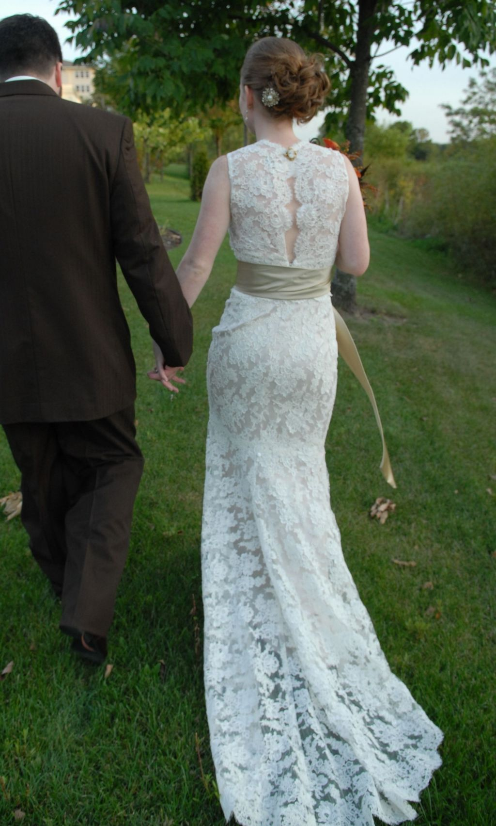 Exelent Sell Used Wedding Dresses Sketch - All Wedding Dresses ...