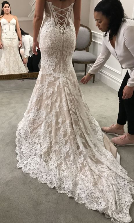 Pnina tornai 4348a 4 000 size 12 used wedding dresses for Used pnina tornai wedding dress