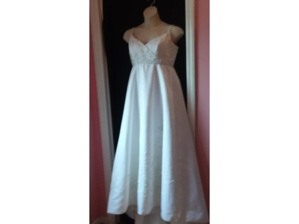 Mori Lee 6771, $400 Size: 14 | Used Wedding Dresses