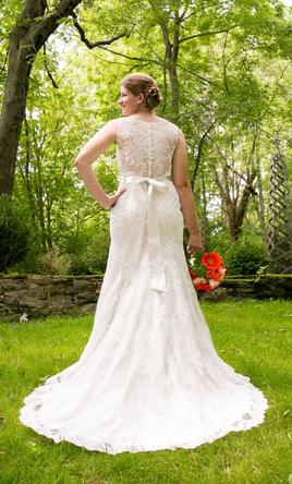 Mary 39 s bridal 6892 600 size 12 used wedding dresses for Second hand wedding dresses for sale