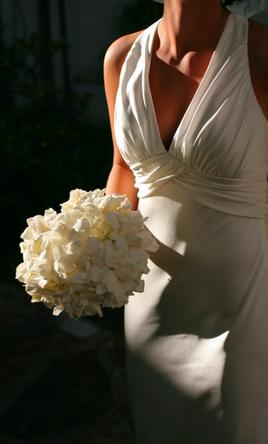 Amy michelson bling 600 size 2 used wedding dresses pin it amy michelson bling 2 junglespirit Images