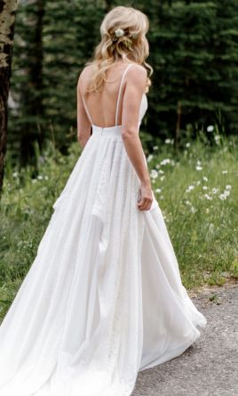 Used wedding dresses buy sell used designer wedding gowns hayley paige junglespirit Image collections