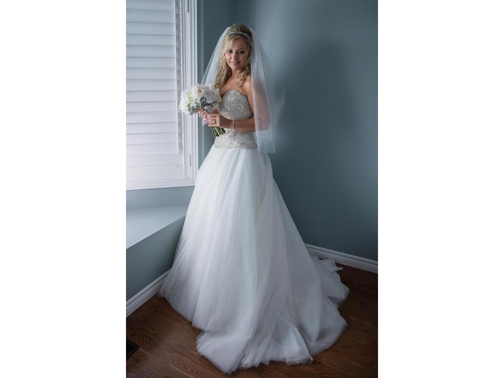 Danielle Caprese 86770084, $1,500 Size: 8 | Used Wedding Dresses