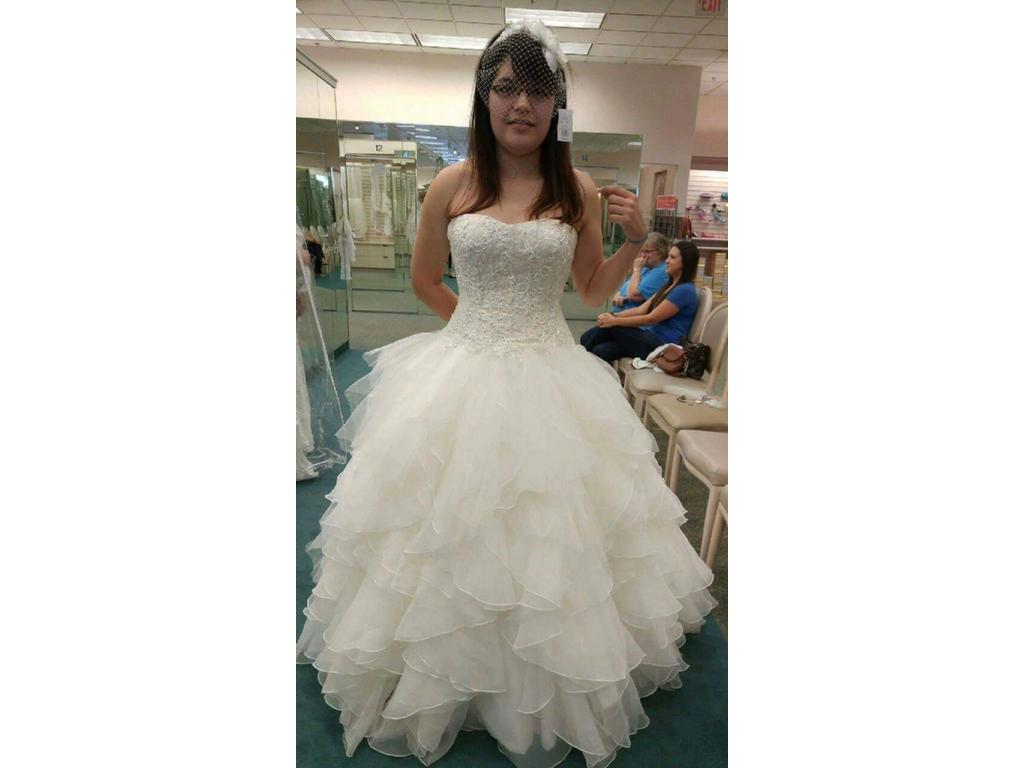 Oleg Cassini CWG568, $750 Size: 10 | New (Un-Altered) Wedding Dresses