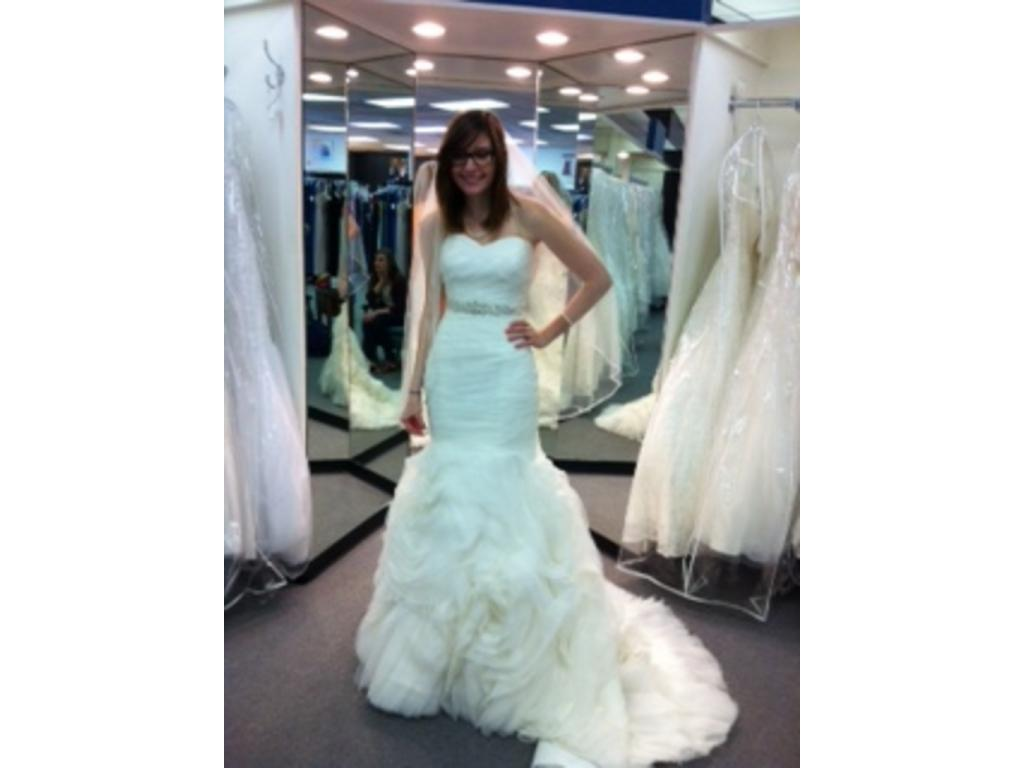 Funky Pre Owned Designer Wedding Dresses Frieze - All Wedding ...