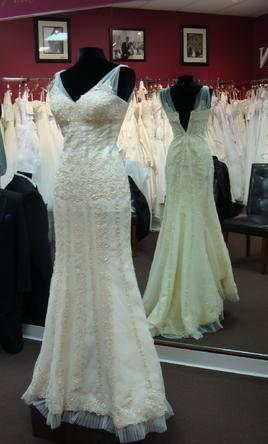 San patrick bagdad 1 170 size 4 new wedding dresses for Sell wedding dress san diego