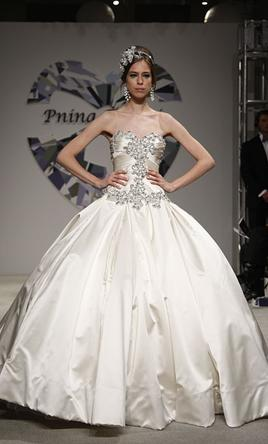 pnina tornai 4019 9 900 size 10 used wedding dresses