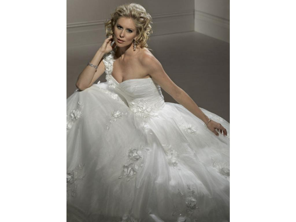 Bridesmaid dresses lizette bridesmaid dresses for Pittsburgh wedding dress stores