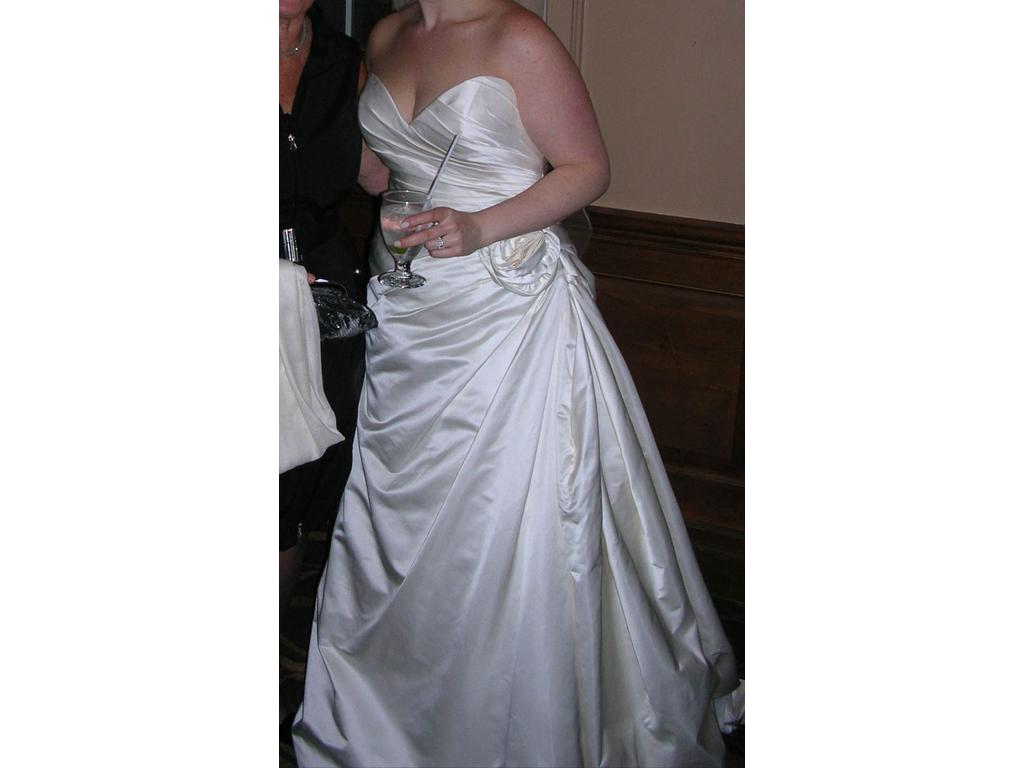 Other cb couture b041 900 size 14 used wedding dresses for Cb couture wedding dresses