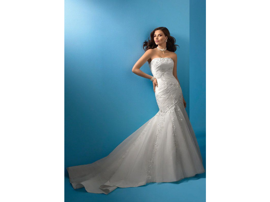 Alfred Angelo 2083, $400 Size: 14 | Used Wedding Dresses