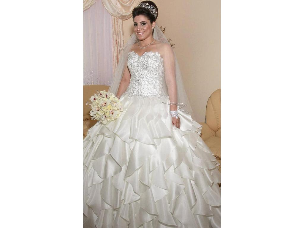 Used Wedding Gowns: Pnina Tornai $3,900 Size: 16