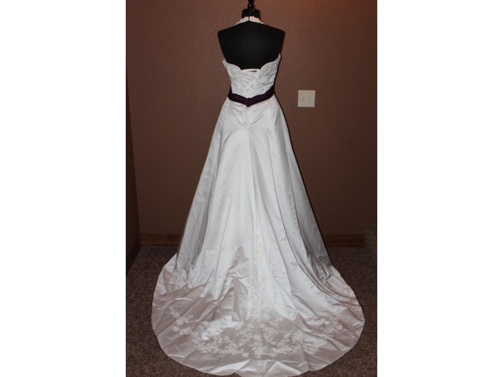 Alfred angelo 1678 360 size 10 new un altered for Size 10 wedding dress