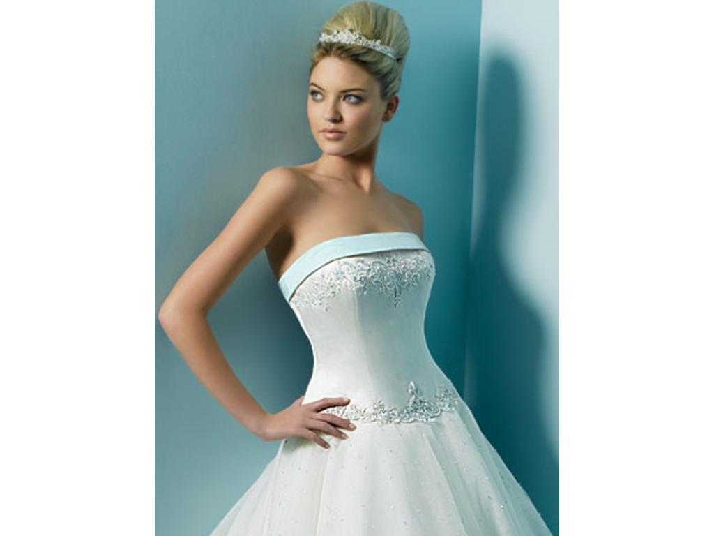 Alfred Angelo 1124, $360 Size: 8 | New (Un-Altered) Wedding Dresses