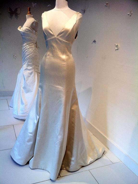 Monique lhuillier marcella 1 100 size 8 sample for Previously worn wedding dresses for sale