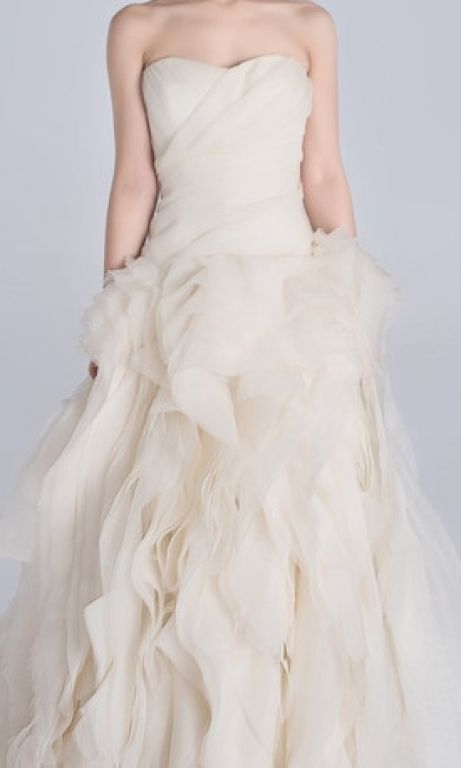 Vera wang diana 3 000 size 2 used wedding dresses for Vera wang wedding dress for sale