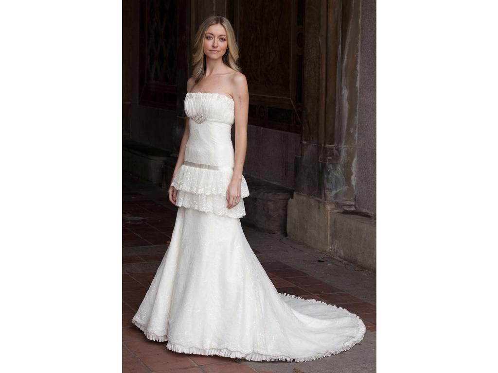 Preowned Wedding Dresses Nyc : Priscilla of boston in nyc
