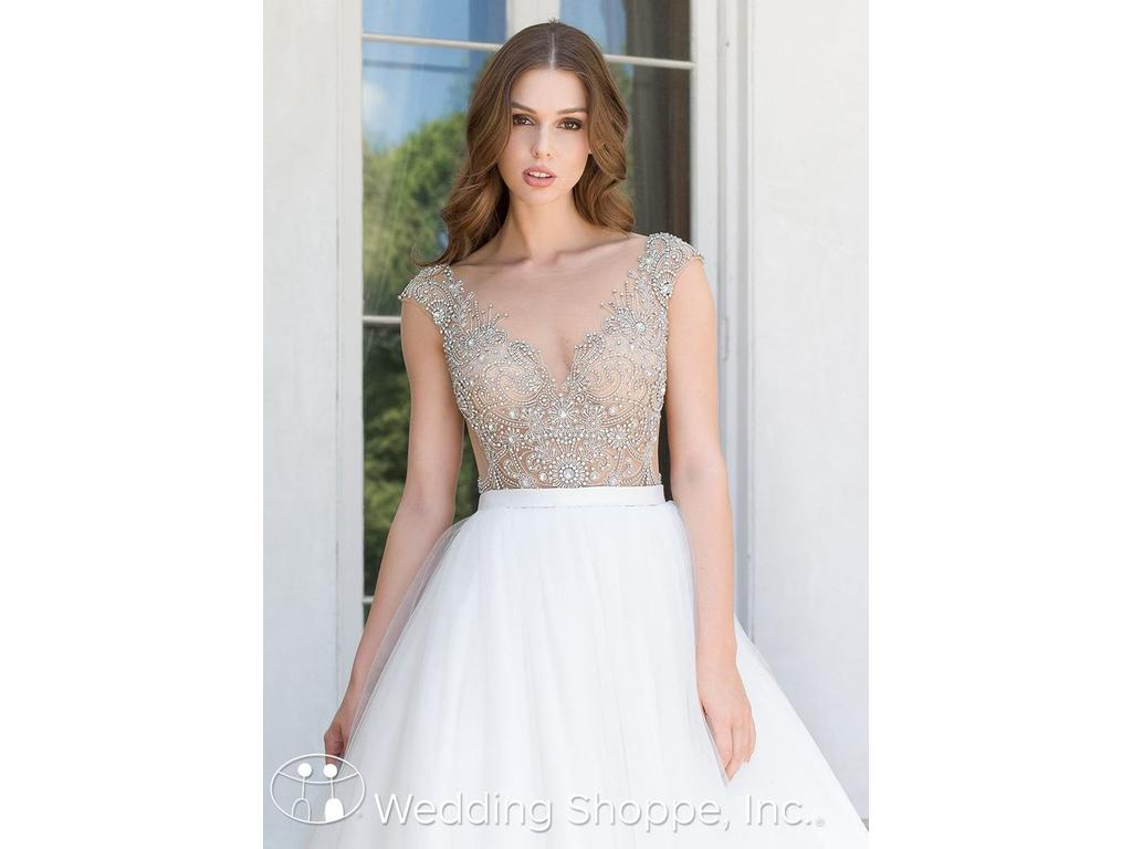 Calla Blanche Carrie, $1,250 Size: 14 | New (Un-Altered) Wedding Dresses