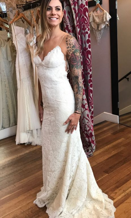 Katie May Lanai Gown , $1,500 Size: 6 | New (Un-Altered) Wedding ...