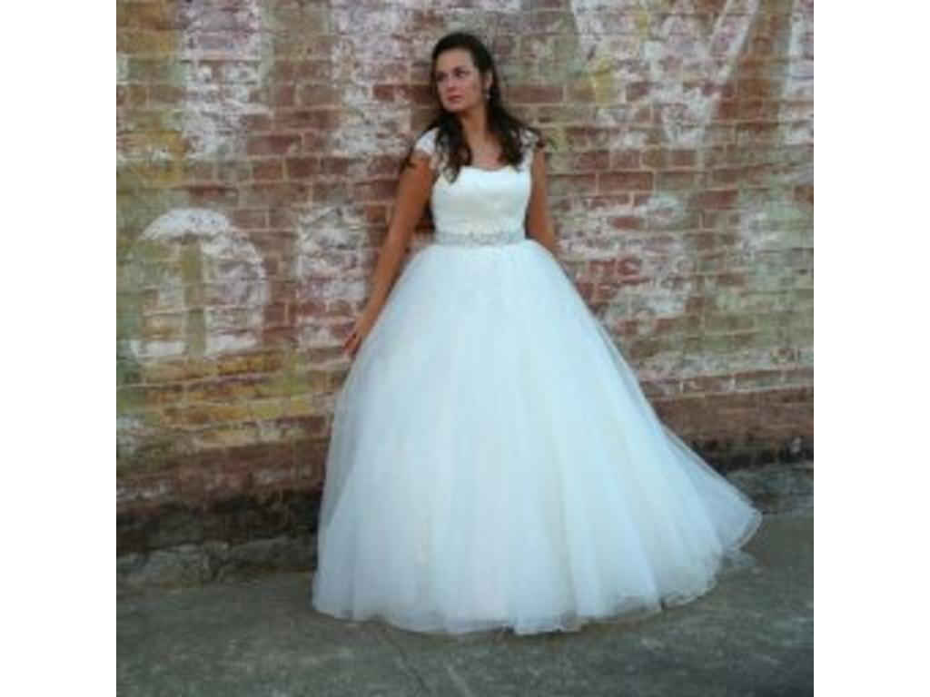 Exelent Rosette Wedding Dress Image Collection - All Wedding Dresses ...