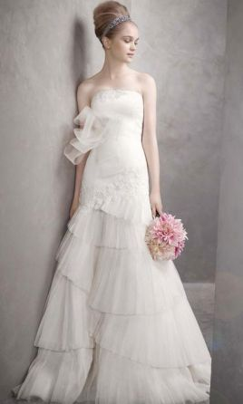 3a94fd87a58 Pin it Add to  Vera Wang White Spring 2011 Collection 6